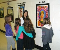 art history students give tours