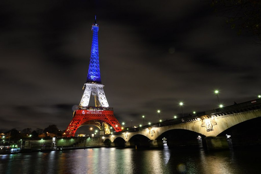 pray for paris the highland echo
