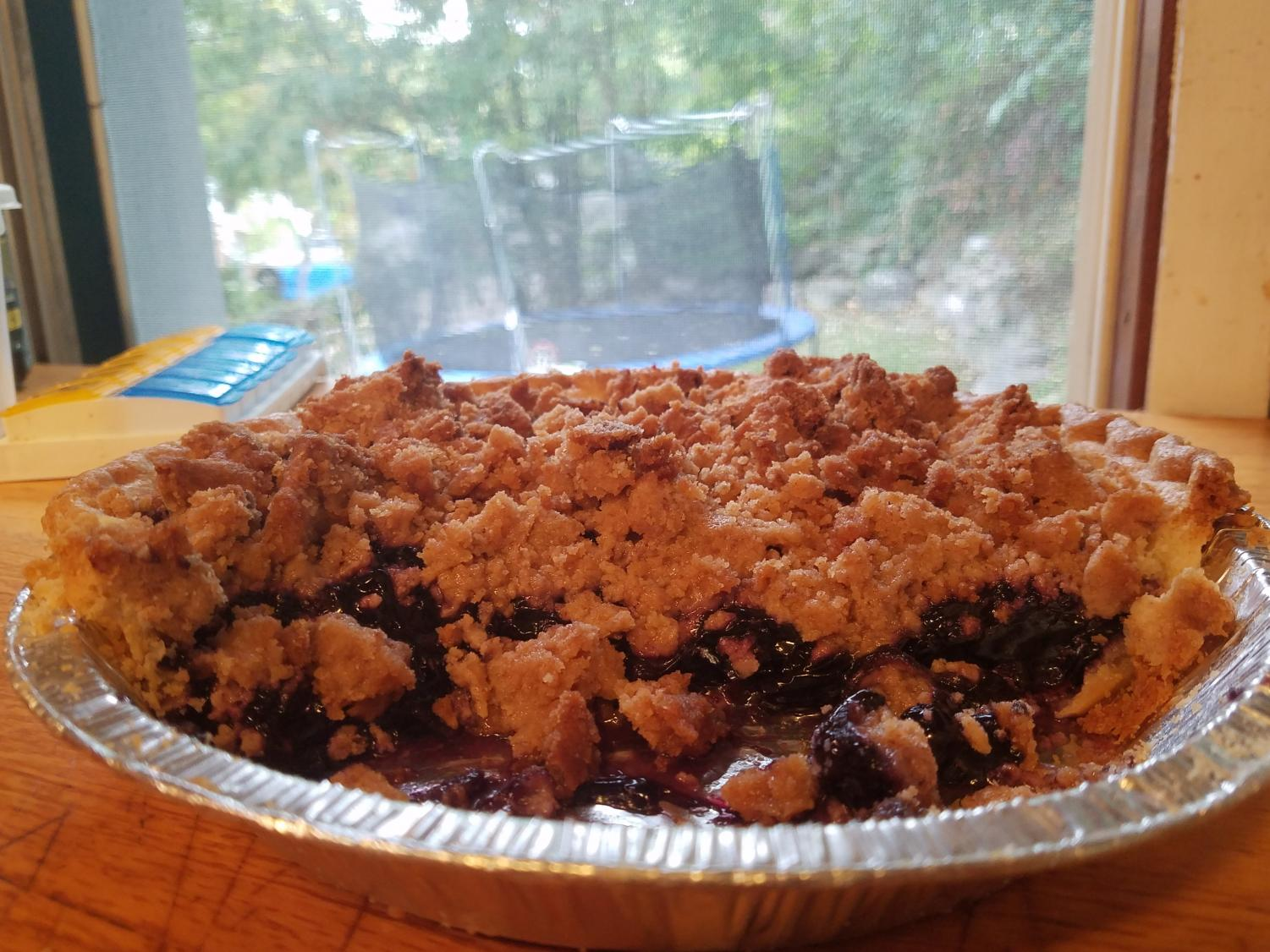 Above: A tasty blueberry crisp pie from Shannon's Eyes on the Pies just waiting to be devoured. Photo Courtesy: Sean Fagan
