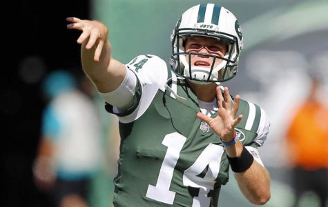 Sam Darnold throws a pass. Photo Courtesy: cbssports.com